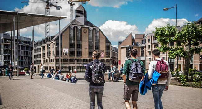 Louvain-la-Neuve, de la cité-dortoir à la smart city? «D'un point de vue mobilité, c'est une catastrophe»